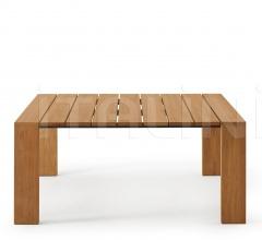 PIER 017 table