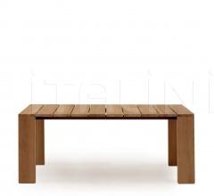 PIER 019 table