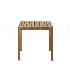 PLAZA 065 table