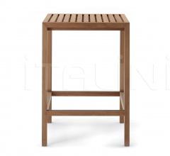 PLAZA 067 bar table
