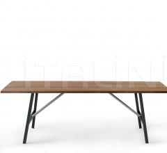 TORNADO 024 table
