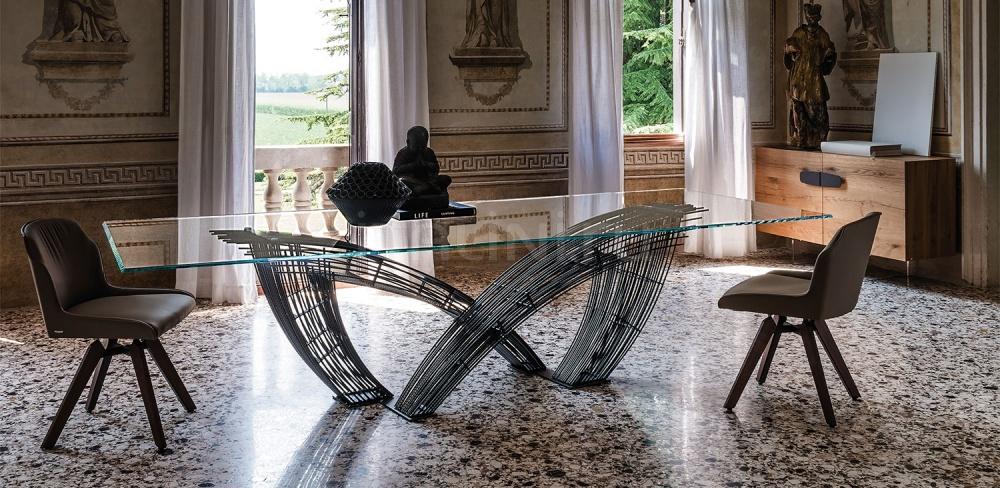 Стол обеденный Hystrix Cattelan Italia