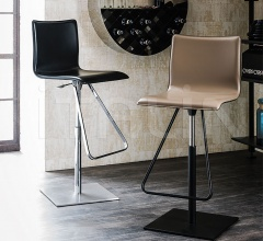 Барный стул Toto фабрика Cattelan Italia