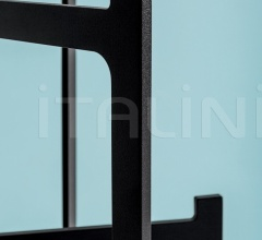 Вешалка Clip Coat Hanger фабрика Discipline