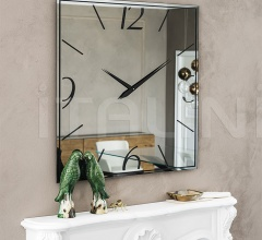 Настенное зеркало Moment фабрика Cattelan Italia