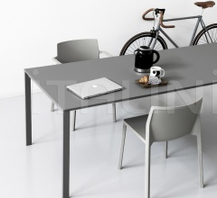 Раздвижной стол be-Easy фабрика Kristalia
