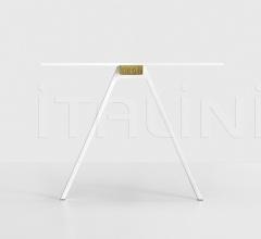 Итальянские компьютерные столы - Компьютерный стол Neat фабрика Kristalia