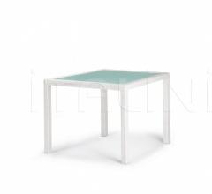 Стол обеденный Barcelona Dining table фабрика Dedon