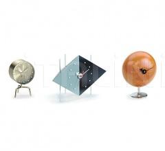 Часы Diamond Clock фабрика Vitra