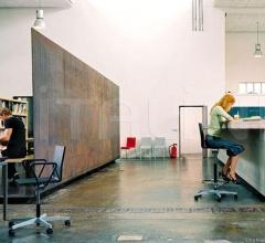 Кресло .04 Counter фабрика Vitra