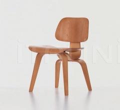 Кресло Plywood Group DCW фабрика Vitra