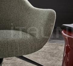 Кресло Mad chair фабрика Poliform