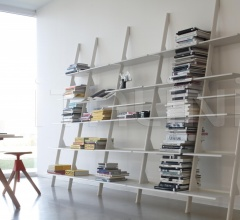 Книжный стеллаж Tyke – The Wild Bunch фабрика Magis
