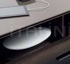 Итальянские мебель для тв - Тумба под TV Eucalipto фабрика B&B Italia
