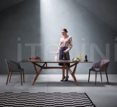 Стол обеденный 2320 Reale фабрика Zanotta