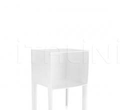 Итальянские уличные столики - Столик Small Ghost Buster фабрика Kartell
