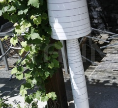 Напольный светильник Miss Jane фабрика Serralunga