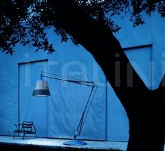Итальянские уличные светильники - Торшер Superarchimoon outdoor фабрика Flos