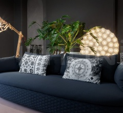 Подушка Heritage & Oil Pillows фабрика Moooi