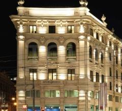 Итальянские уличные светильники - Светильник Spike фабрика Artemide
