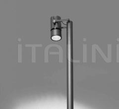 Итальянские уличные светильники - Напольный светильник Cariddi Pole фабрика Artemide