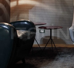 Столик LIQUID фабрика Baxter