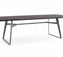 Стол обеденный Clipper фабрика Poliform