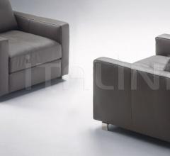 Кресло Massimosistema фабрика Poltrona Frau