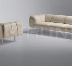 Трехместный диван Bebop фабрика Poltrona Frau