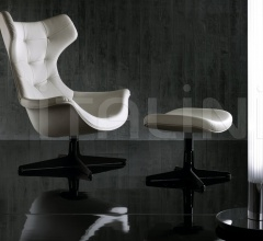 Кресло Regina II фабрика Poltrona Frau