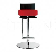 Итальянские рестораны/бары - Барный стул Le Spighe фабрика Poltrona Frau