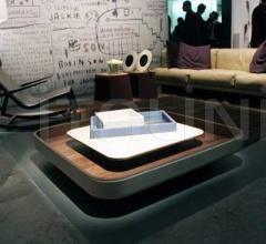 Журнальный столик Ninfea фабрика Poltrona Frau