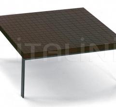 Журнальный столик Geometrie фабрика Poltrona Frau