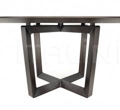 Круглый стол Bolero фабрика Poltrona Frau