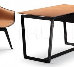 Итальянские письменные столы - Письменный стол Fred фабрика Poltrona Frau
