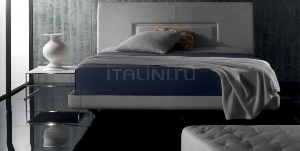 Кровать Aurora Uno Poltrona Frau