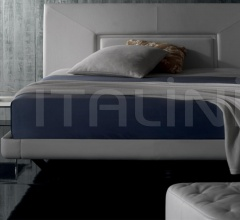 Кровать Aurora Uno фабрика Poltrona Frau