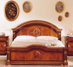 Bed in wood Castle  - IMPERO / Double bed