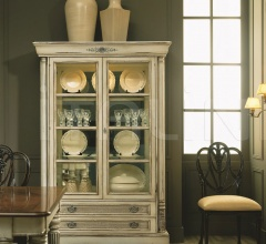 Display cabinet (Trianon)