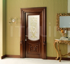 LUIGI 4014/QQ/INT/INF/V  in Siberian walnut antique fin., with lower carved embossment and T121 glass Classic Wood Interior Doors
