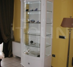 535/1P Lacquered display cabinet