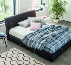 MEMORY PADDED BED-02